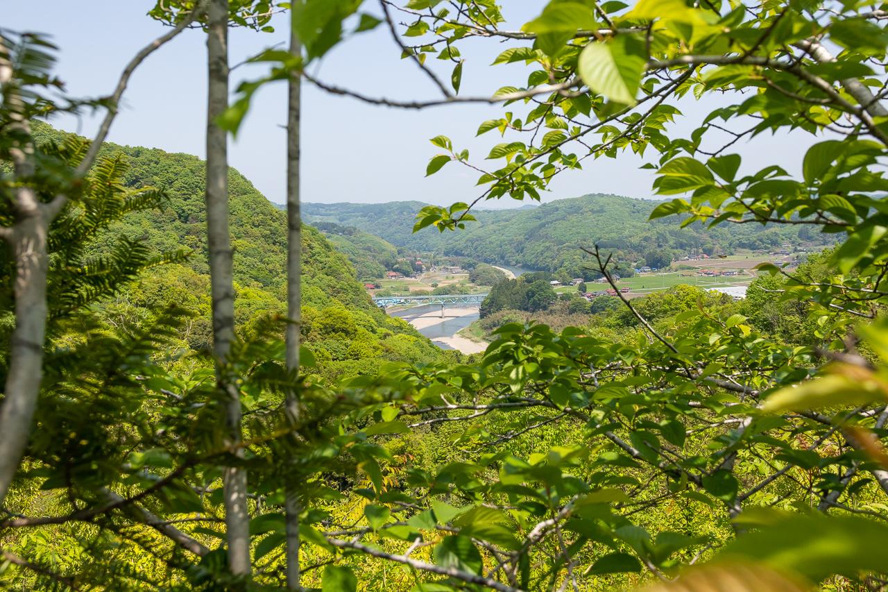 鷲の巣キャンプ場から見た那珂川の大藤橋