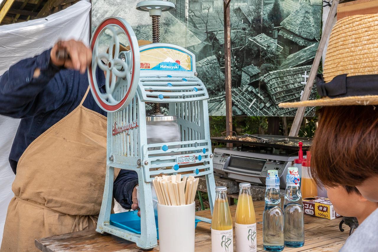 2018年春の益子陶器市でかき氷を食べる