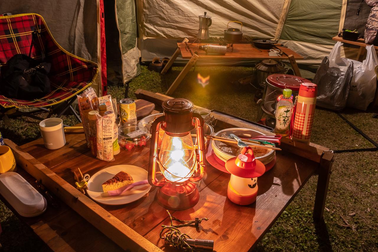 鷲の巣キャンプ場で夕飯後のまったり。