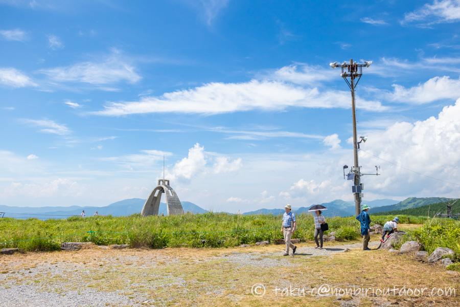 霧ヶ峰スキー場の夏の霧鐘塔