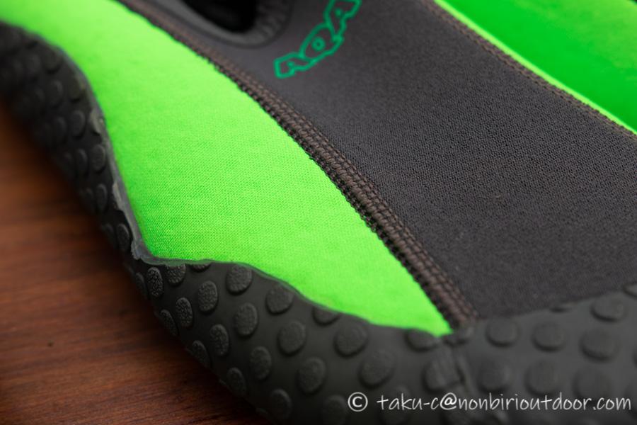 新しく買ったAQAのMARINE BOOTS(マリンブーツ)のスノーケリングシューズⅢのアッパー