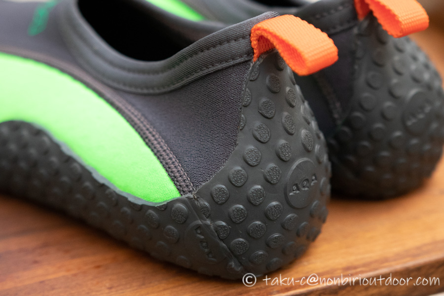 新しく買ったAQAのMARINE BOOTS(マリンブーツ)のスノーケリングシューズⅢのソール