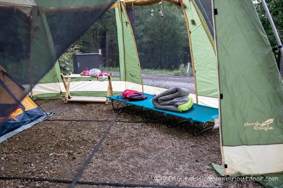 ノースイーグルオクタゴンにカンガルースタイルでテント設営