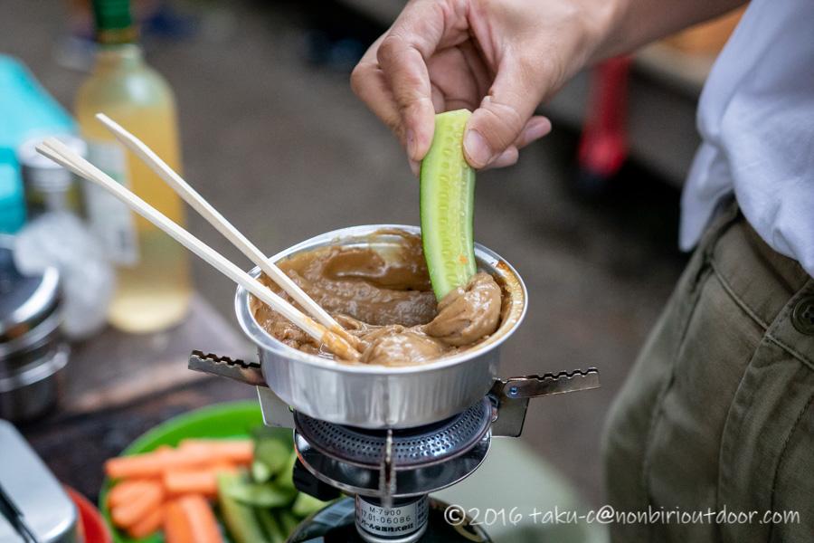 ライジングフィールド軽井沢のタタンカプレミアムで夕飯の準備
