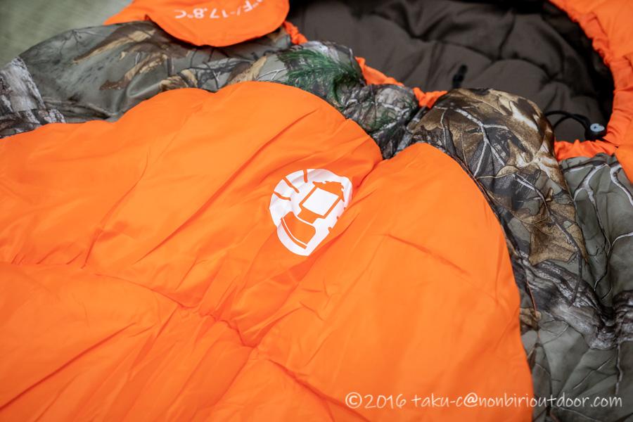 コストコ寝袋のコールマンRealtree Xtra Camo MUMMY SLEEPING BAGのロゴ