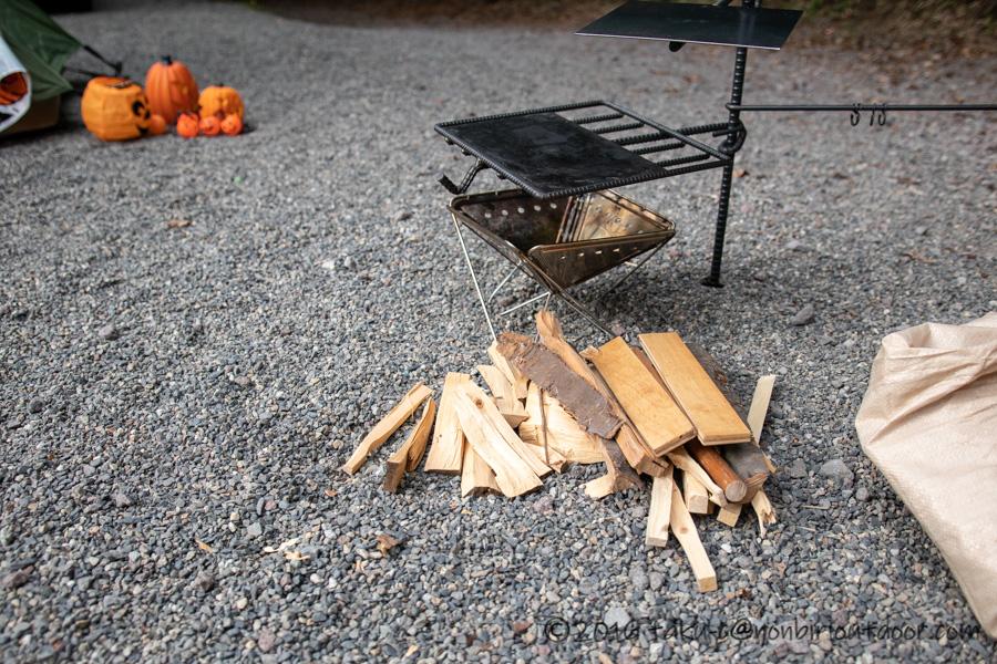 スノーピーク焚火台Sと焚き火ハンガー