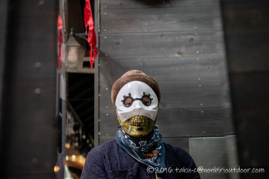 赤城オートキャンプ場でハロウィンキャンプの仮装準備