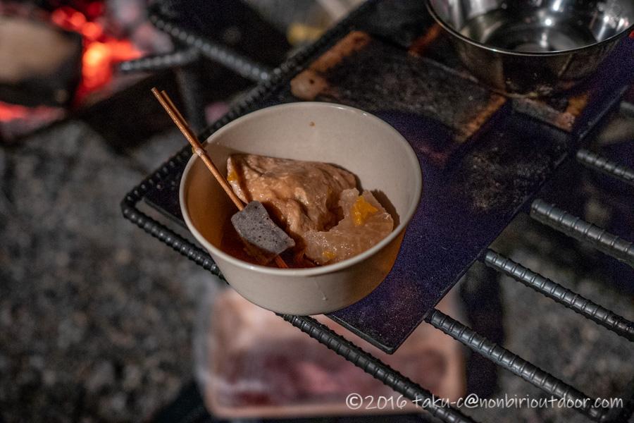 赤城オートキャンプ場で夕飯のおでん