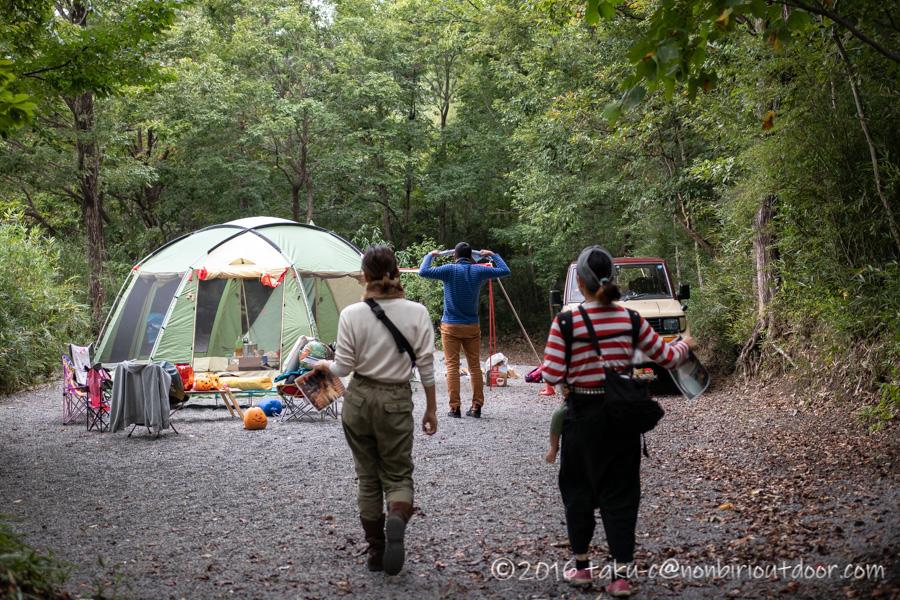 赤城オートキャンプ場でハロウィンキャンプの撤収中