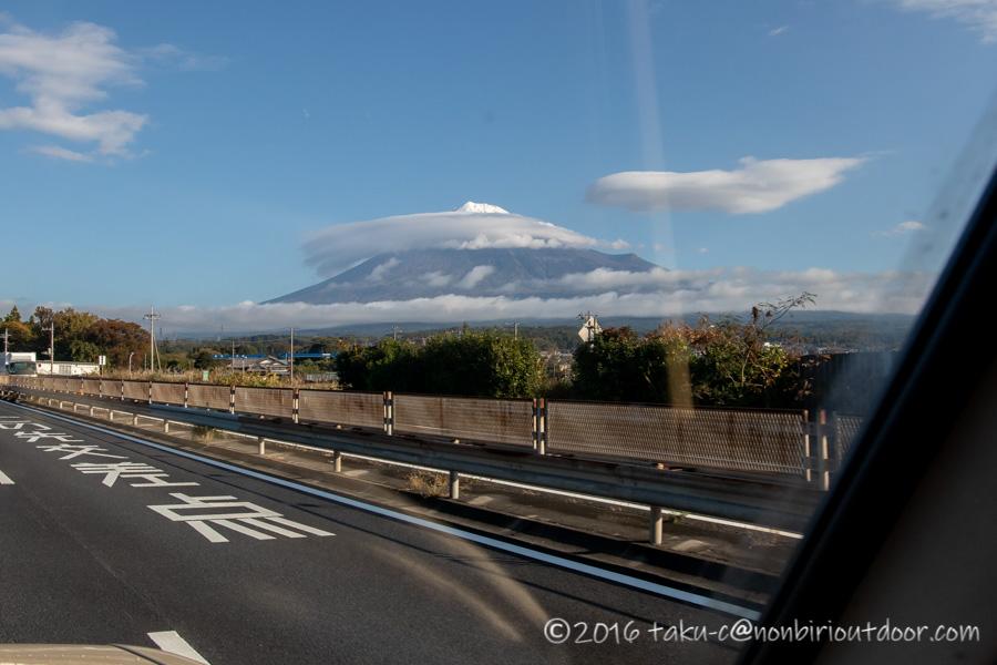 ゆるキャン△聖地の富士山YMCAグローバルエコヴィレッジに向かう