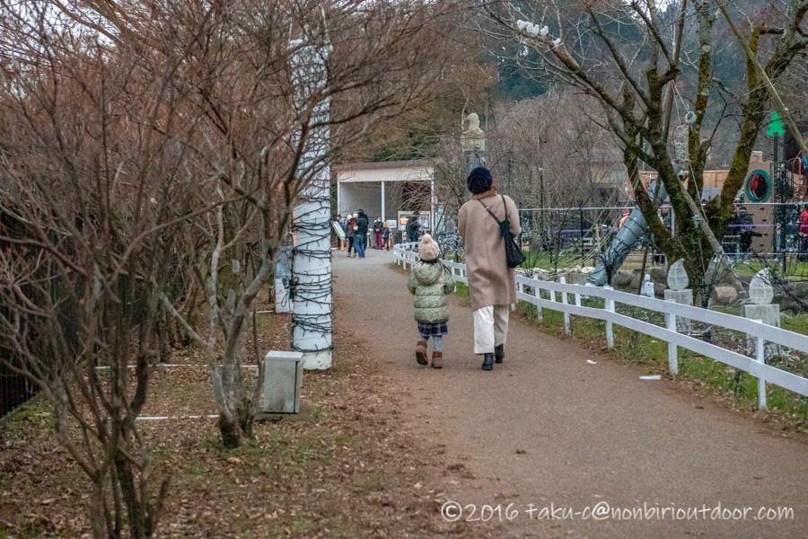 宮ヶ瀬湖のイルミネーション点灯前