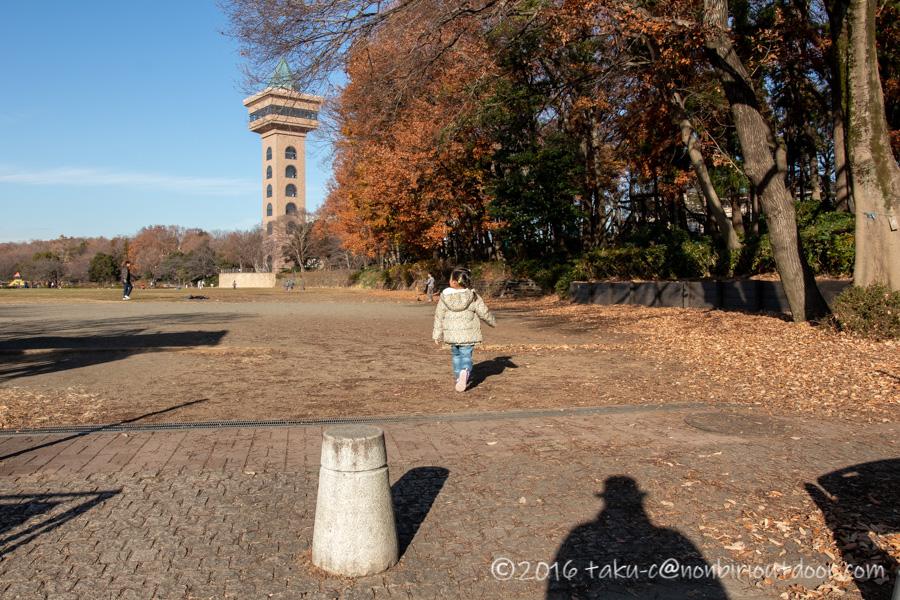 麻溝公園の広場