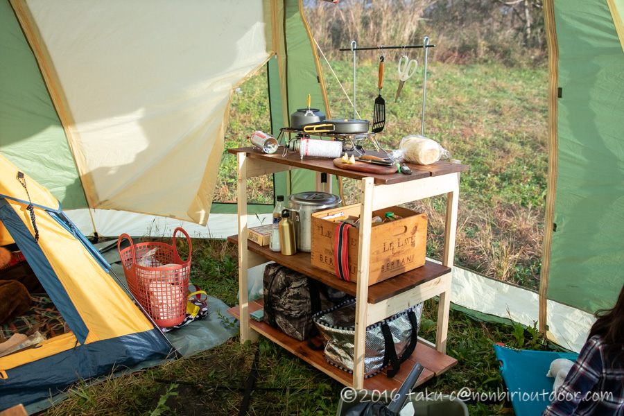 新しく作ったキャンプ用キッチン