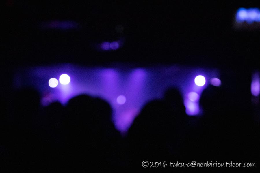渋谷のライブハウス乙のライブ風景