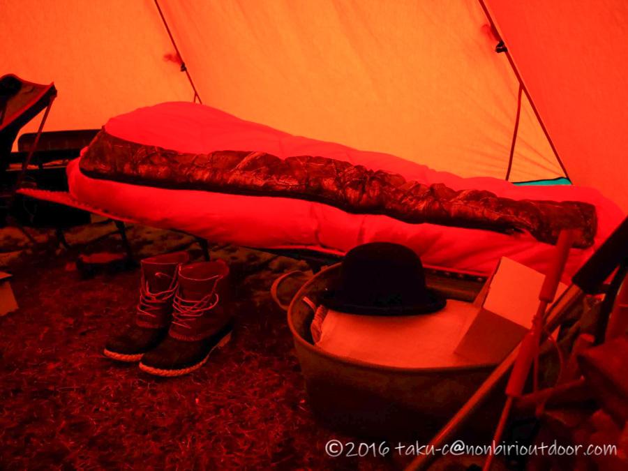 五光牧場オートキャンプ場で雪中キャンプの朝