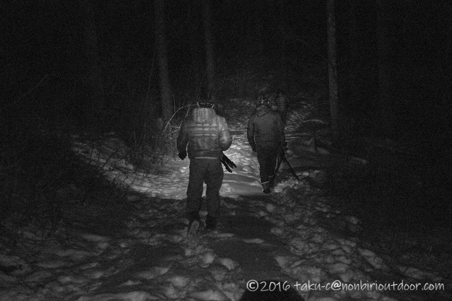 五光牧場オートキャンプ場雪中キャンプで星空を撮りに雪山に入る