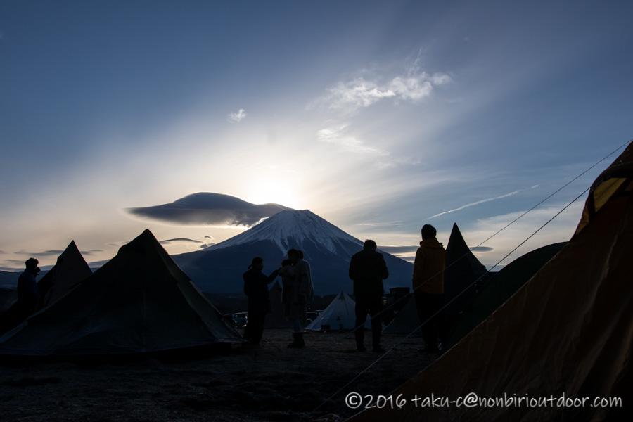 ふもとっぱらにダイヤモンド富士を撮りにナチュログ写真部が終結