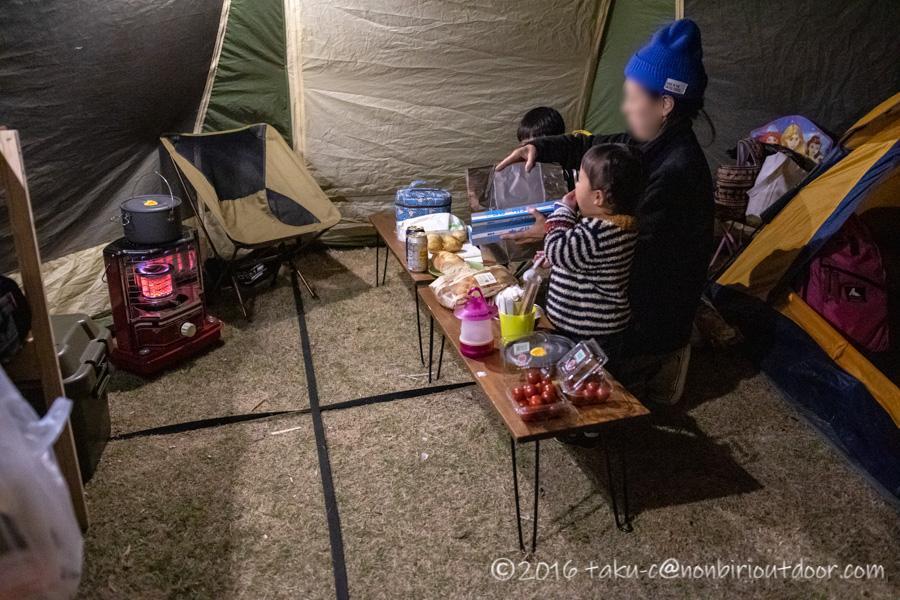 鷲の巣キャンプ場での夕飯作り