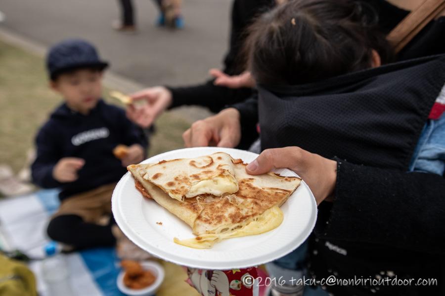 2019年の笠間の陶炎祭(ひまつり)でチーズ