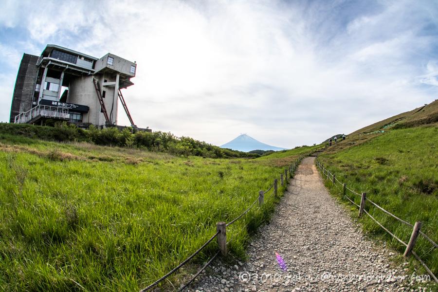 箱根にある駒ヶ岳山頂からの富士山
