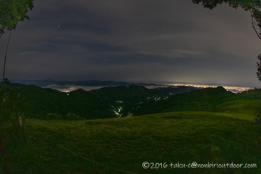 ときがわ町の星と緑の創造センターの堂平山からの夜景