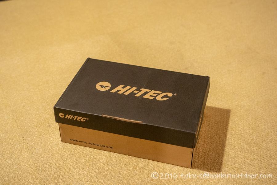 Hi-TECのトレッキングシューズのアオラギ クラシックのパッケージ