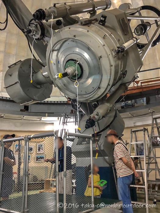 星と緑の創造センターの天文台堂平観測所の望遠鏡
