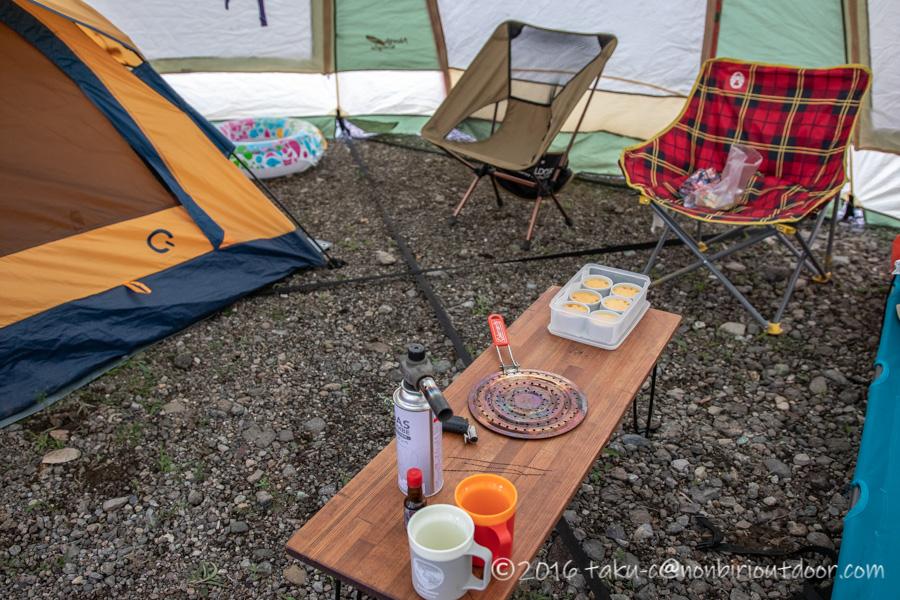 西湖湖畔キャンプ場でプリンを作る