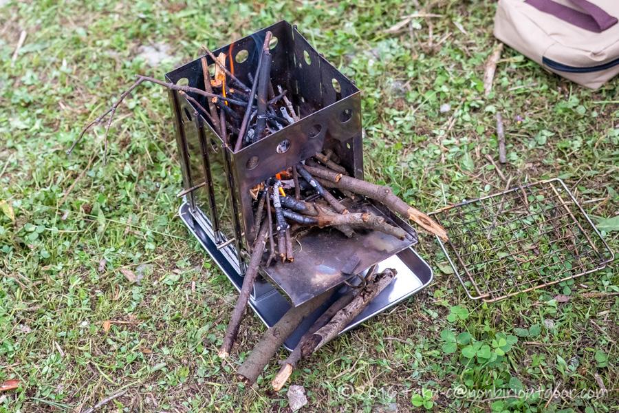 BUNDOK バンドック ボックスストーブ BD-470で焚き火を楽しむ