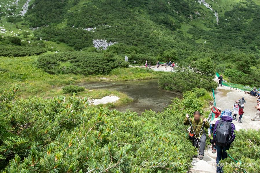 千畳敷カールの剣ヶ池