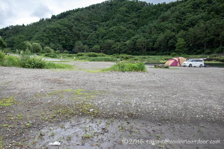 撤収後の西湖・湖畔キャンプ場