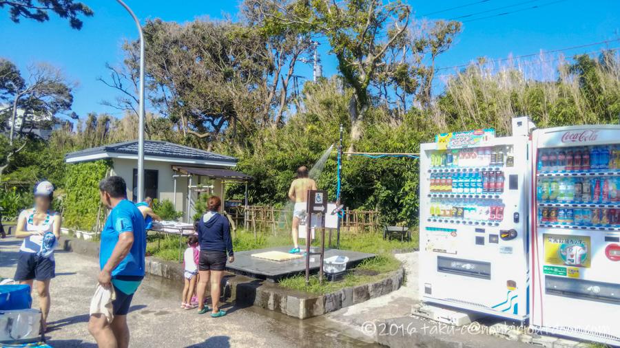 神奈川県県立葉山公園の駐車場にあるシャワー