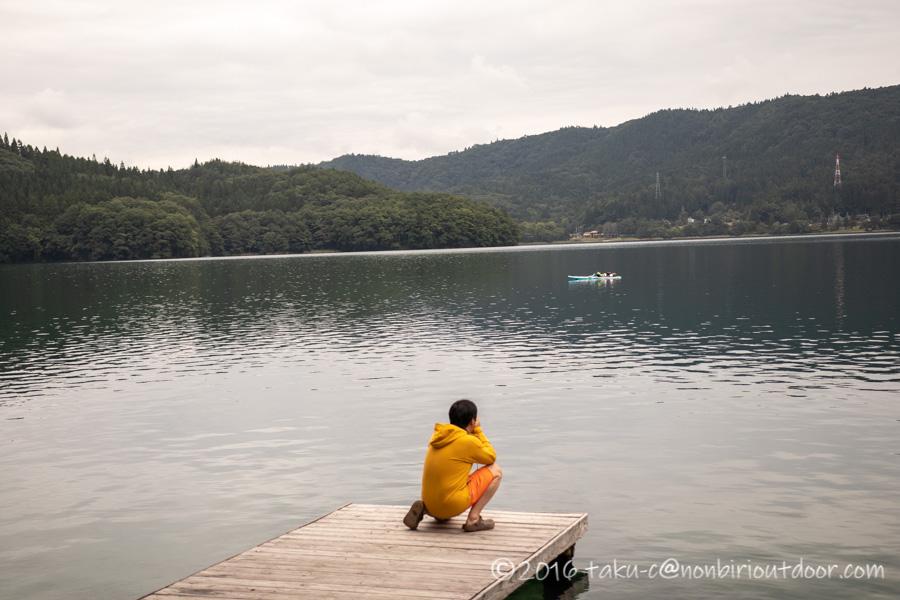 青木湖でSUPを激写する