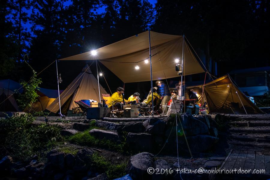 青木湖でカヤック・SUPグルキャンの夜の風景