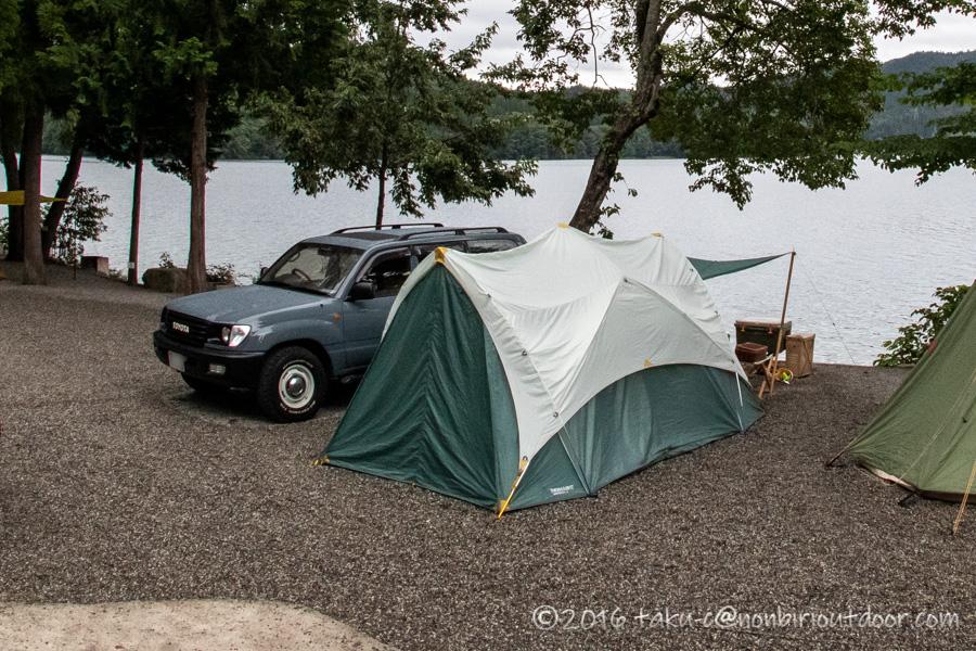 青木湖にサーマレストのトランクイリティー6を張る