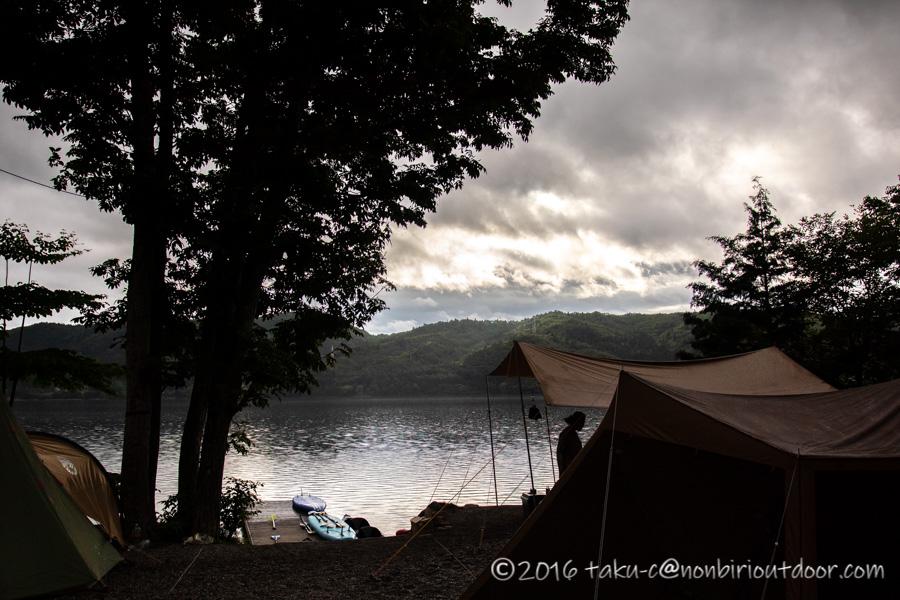 青木湖でのSUP・カヤックキャンプの3日目の朝