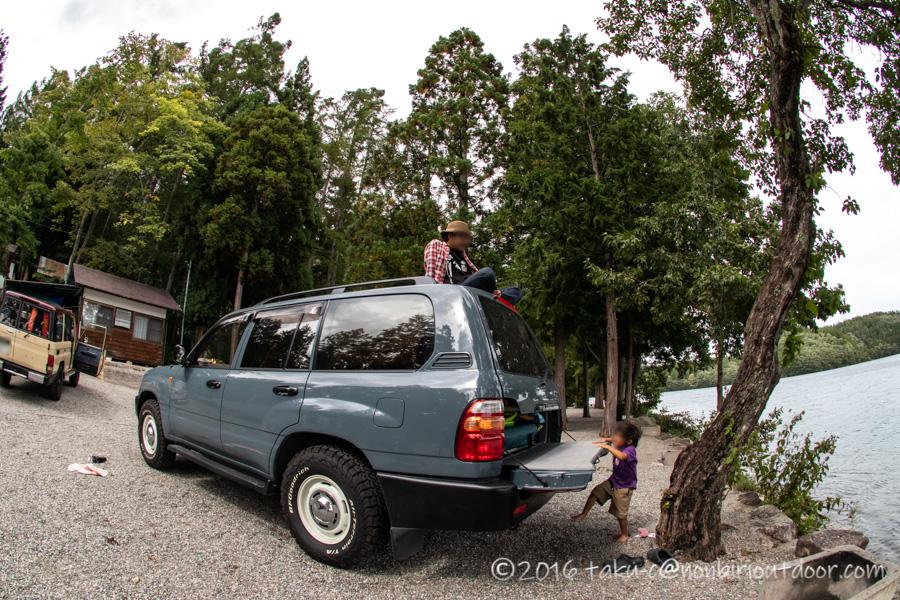 青木湖でのSUP・カヤックキャンプの撤収時