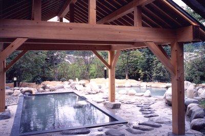 長野県大町市の薬師の湯