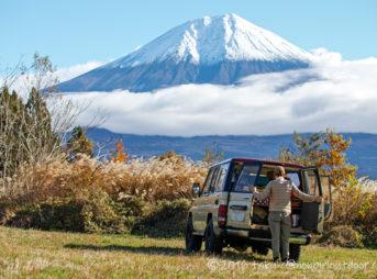 冬の富士山YMCAグローバルエコヴィレッジにて設営開始