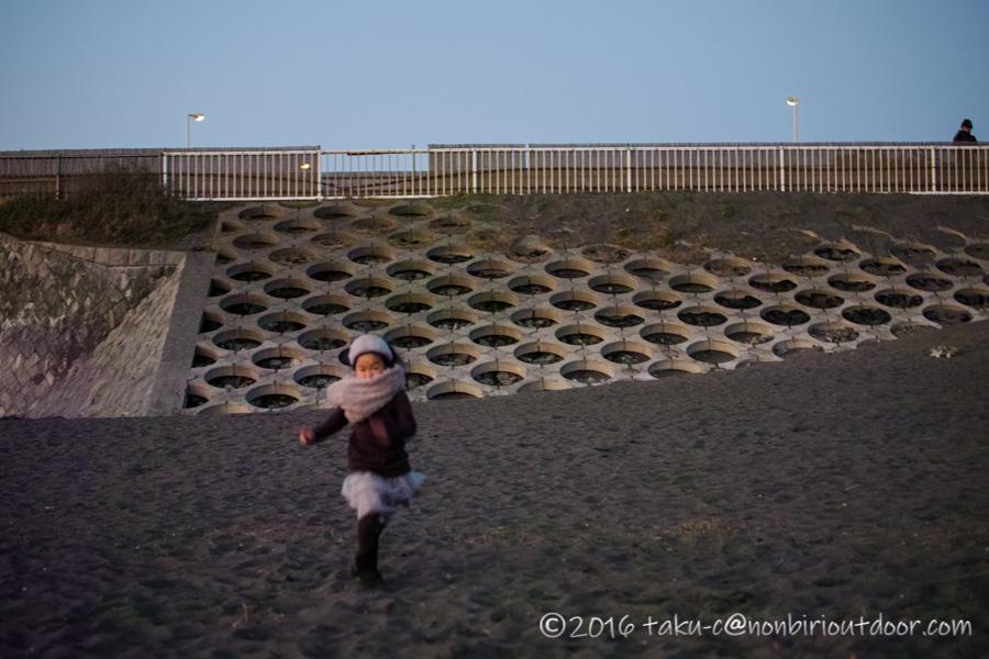 2020年の初日の入りを辻堂海岸に見に行く
