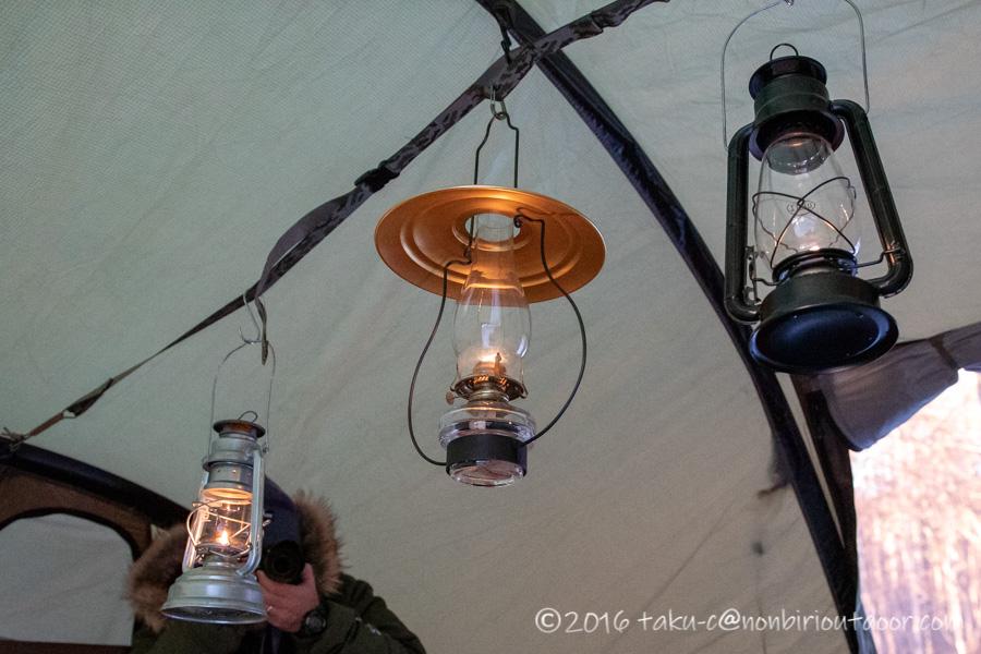 おっさん雪中キャンプの時のオイルランプ
