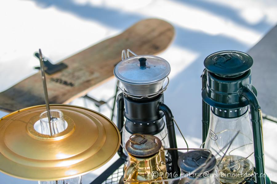 おっさん雪中キャンプの時のオイルランプのDietz