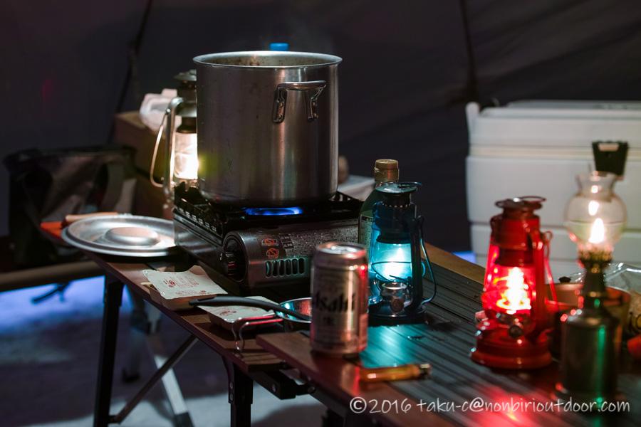 五光牧場オートキャンプ場でのおっさん雪中キャンプの夕飯
