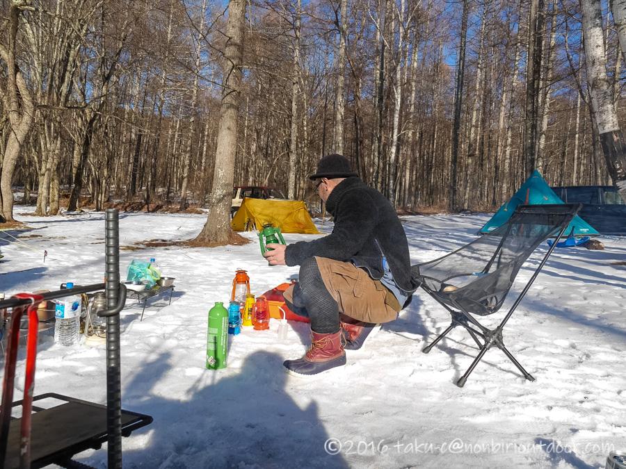 五光牧場オートキャンプ場でのおっさん雪中キャンプの時のオイルランプ