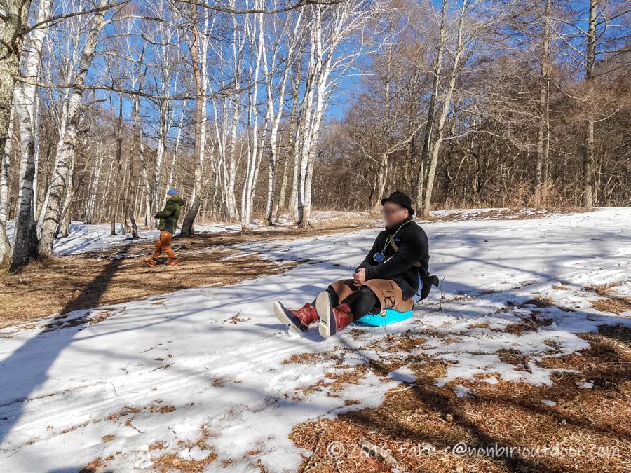 五光牧場オートキャンプ場で行われたおっさん雪中キャンプの時のソリ