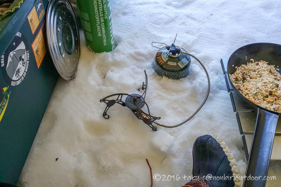五光牧場オートキャンプ場でのおっさん雪中キャンプの朝ごはん