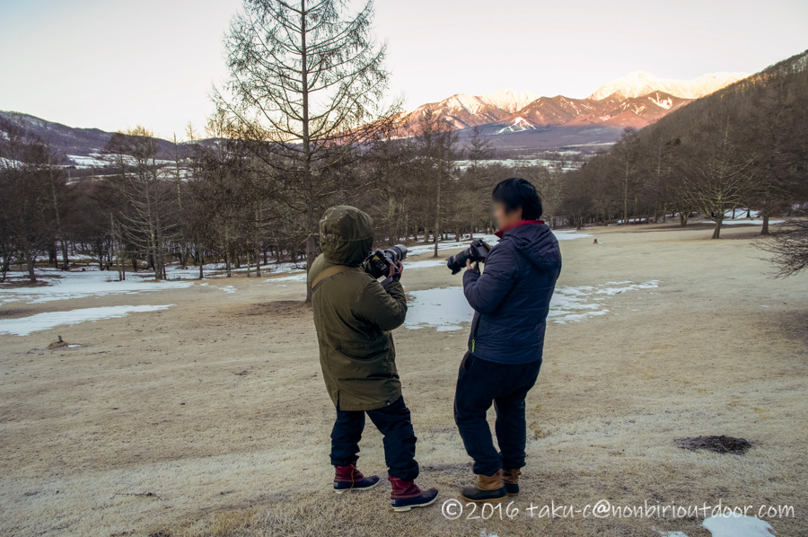 五光牧場オートキャンプ場で朝の八ヶ岳を撮影する