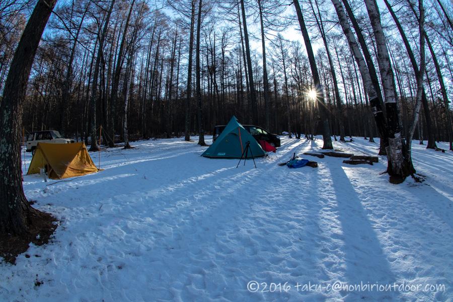 五光牧場オートキャンプ場でのおっさん雪中キャンプの朝日