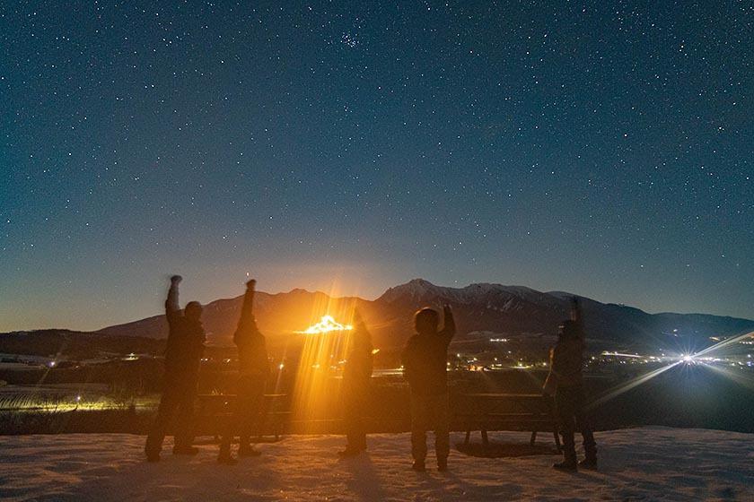 おっさん雪中キャンプの星空と八ヶ岳
