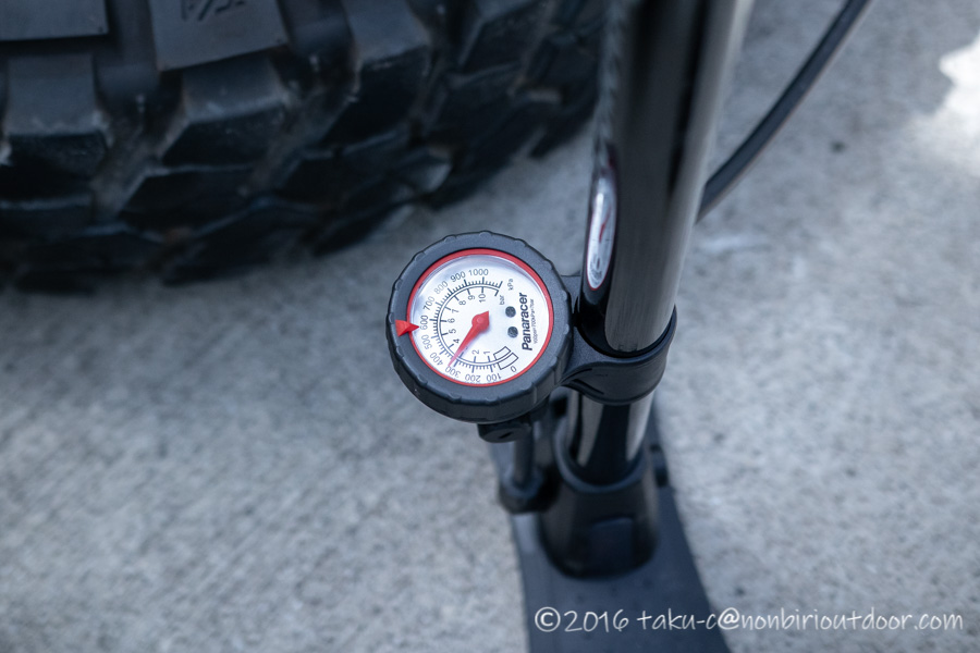 78プラドのタイヤ空気圧